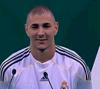 Benzema visszatér Lyonba