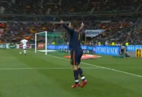 David Villa szerezte a spanyolok első gólját