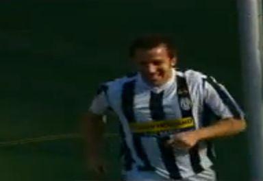 Hiába szerzett két gólt Del Piero, a mérkőzés döntetlen