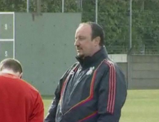 Benitez csak a Lillere koncentrál