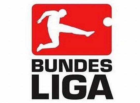 Közeledik a Schalke a hibázó Bayern Münchenre