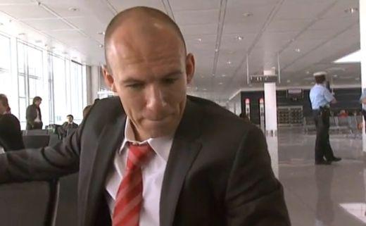 Robben a Bayernbe hívta van der Vaartot