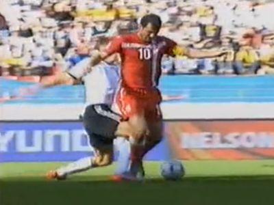Klose ezért kapta meg második sárga lapját