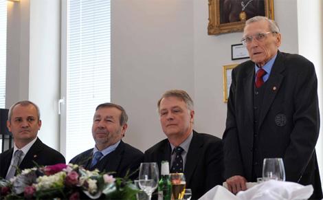 Az Aranycsapat legendás kapusát az MLSZ köszöntötte 85. születésnapján