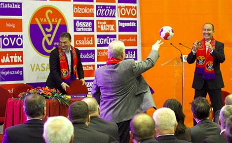 A legeredményesebb sport klub, a Vasas új csarnokát avatta fel Orbán Viktor