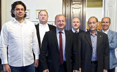 Egy asztalnál a Budapesti Honvéd, az FTC, az MTK, az Újpest és a Vasas