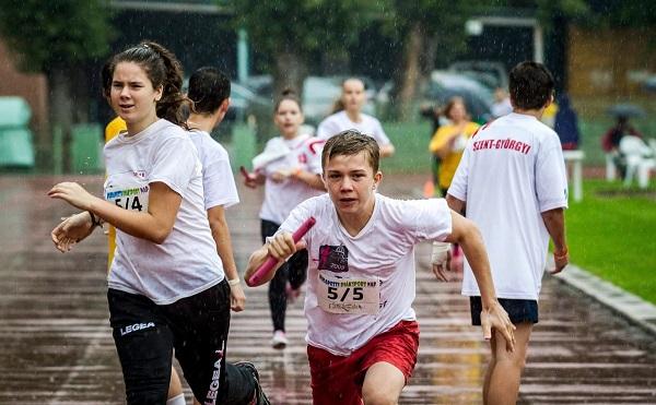 26 országban több mint kétmillió diák sportolt egyszerre legalább 120 percet az Európai Diáksport Napján