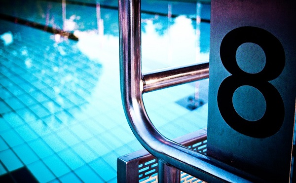 Megkezdődött az Új városi fürdő- és vízisport centrum és a Fabó Éva Sportuszoda felújítása Dunaújvárosban