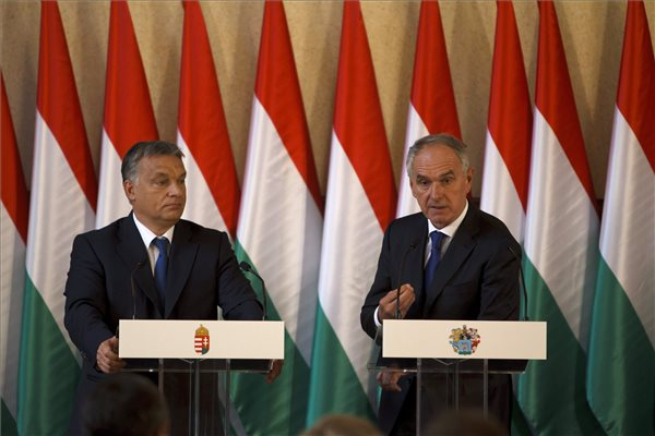 Kaposvár, Orbán Viktor, Szita Károly